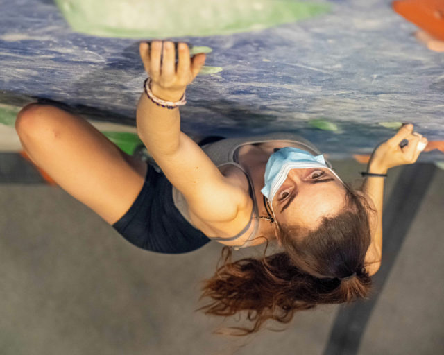 🇪🇸Escalar es nuestra pasión y nuestra intension con todo esto es compartirla contigo 🤗 ¡te esperamos! • • • 🇺🇸Climbing is our passion and our intention with all this is to share it with you 🤗 ¡come climb! • • • #climber @sarajimenez_5 • • • @petzl_official @prana @tenayaclimbing @maximropes @trublueclimbing • • • #climbing #sportclimbing #getstrong #boulder #bouldering #bloc #klettern #arrampicata #escalade #escalada #indoorclimbing  #exercise #fitness #training #sport #food #comida #bar